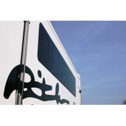 Prosklená tónovaná okna kamion